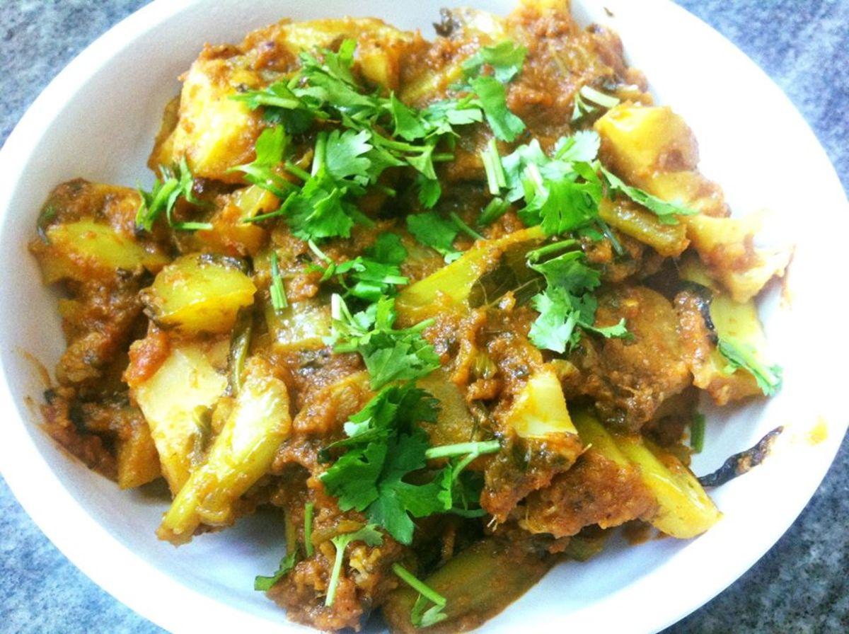 Punjabi-Style Gobi Ke Danthal Ki Sabzi (Cauliflower Stem and Leaf Curry)