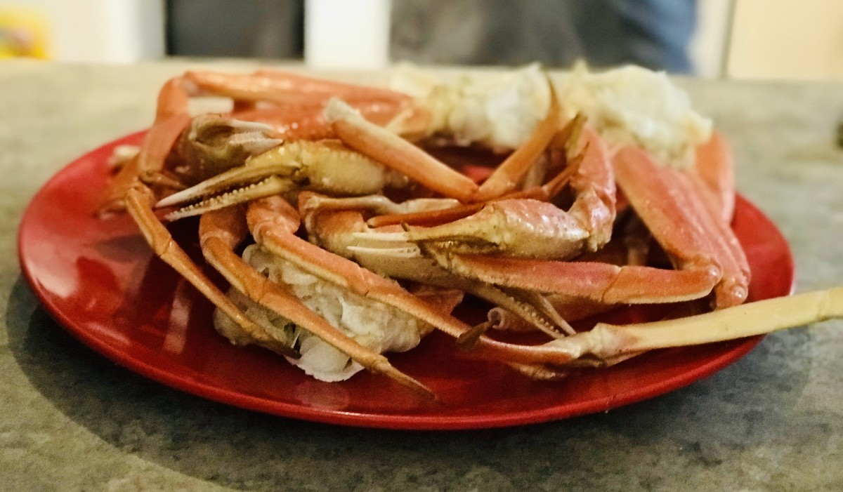 Delicious Crab Legs With Garlic Butter