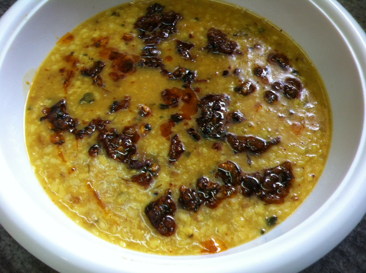 Punjabi Urad Dal Tadka Recipe (Tempered White Lentils)