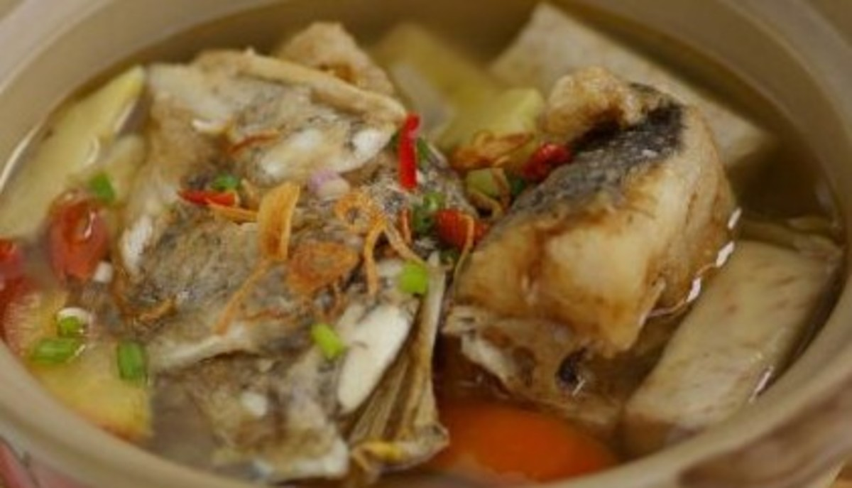 Filipino Fish Head Soup (Pesang Isda)