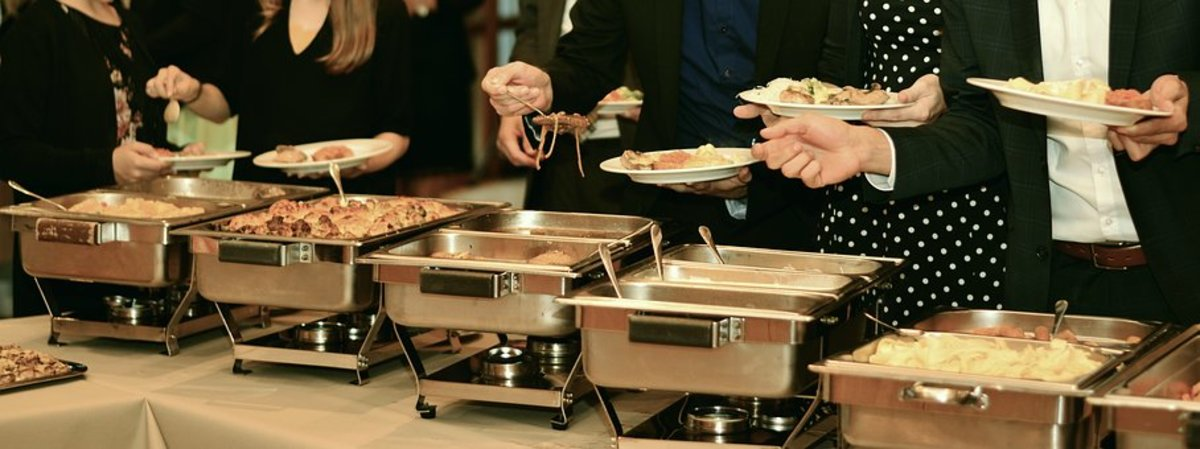 All-You-Can-Eat Buffets in the U.S., Taiwan, and Thailand