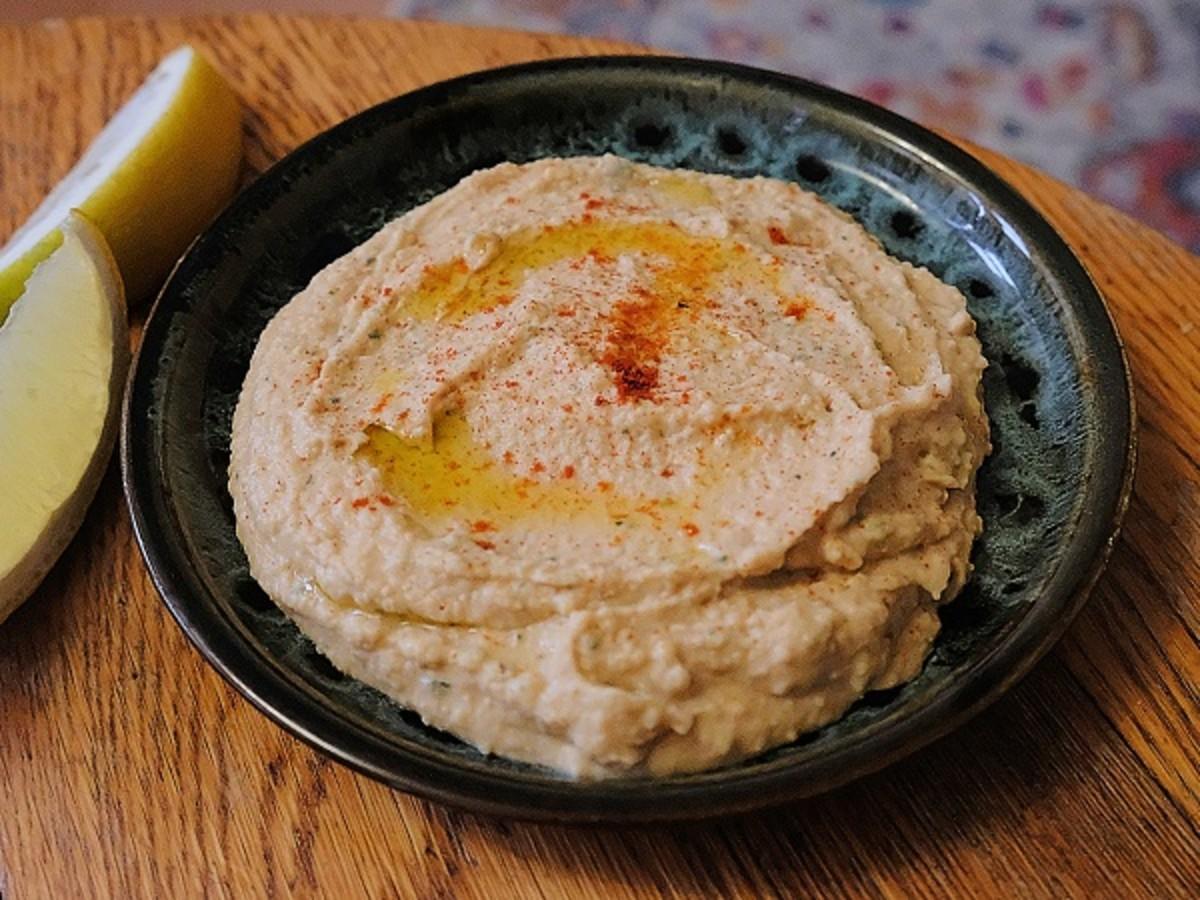 Peanut butter hummus (no tahini required)