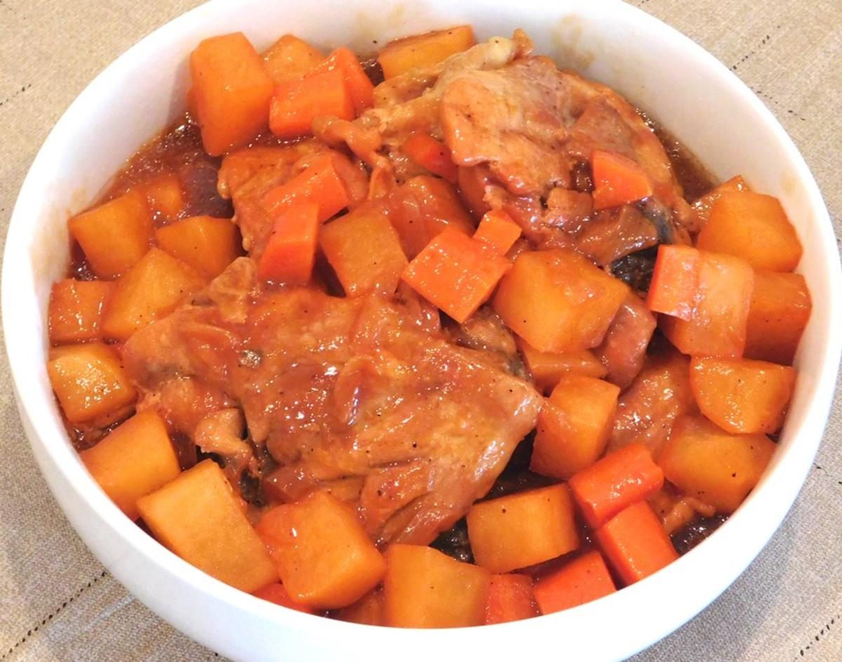 Chicken Afritada (Filipino Chicken Stew)