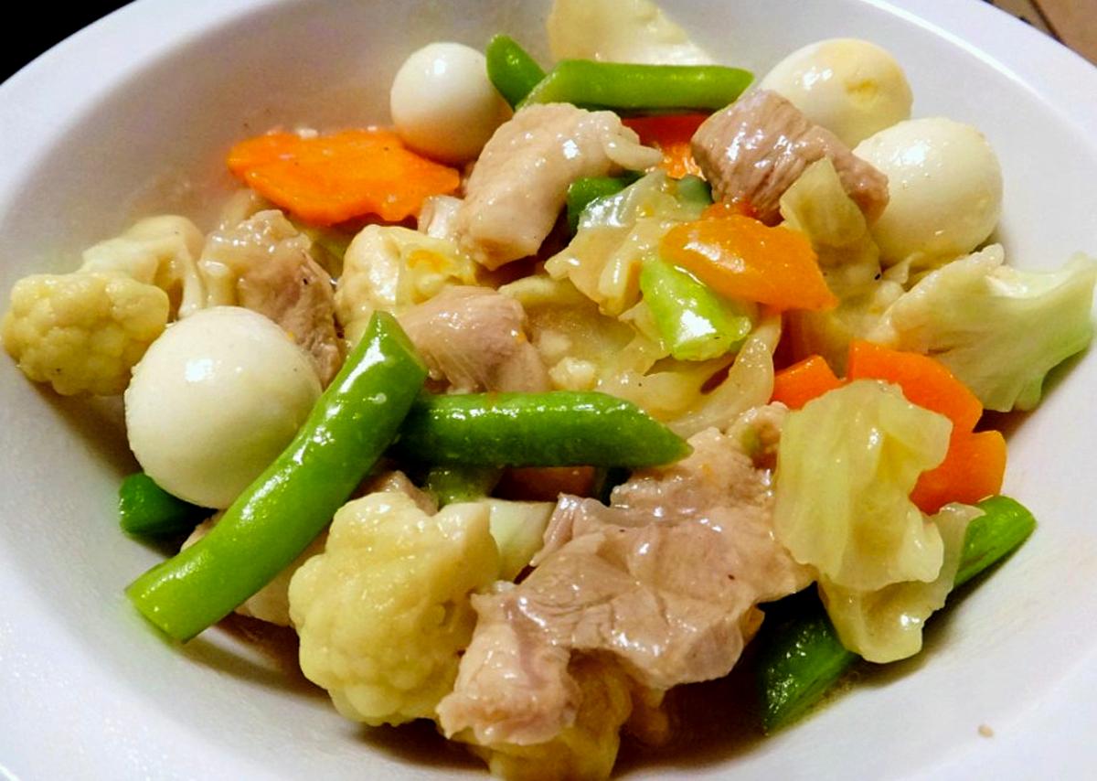 Filipino-Style Chop Suey
