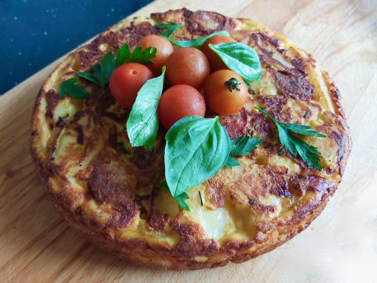 How to Make a Cheese and Onion Frittata for Lunch