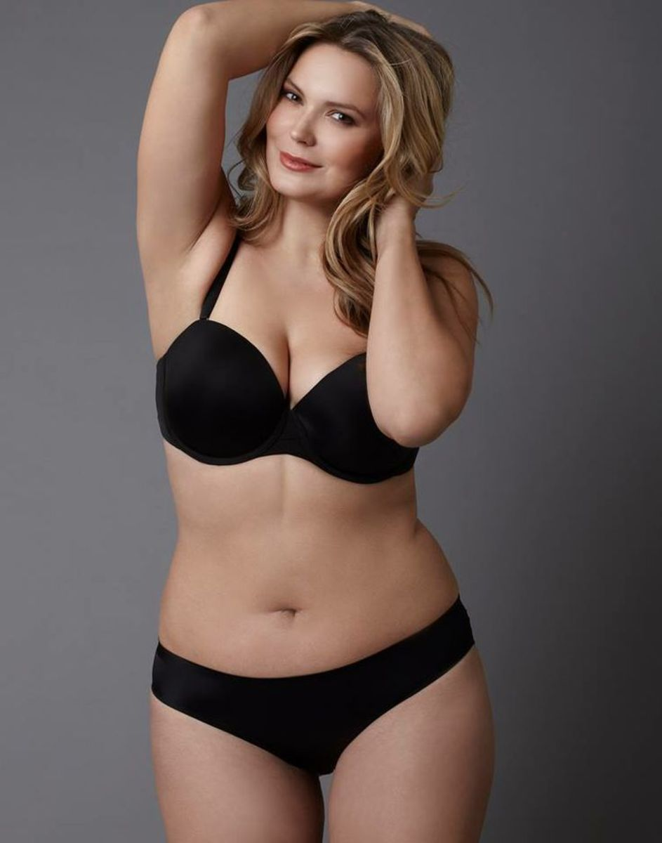 Excited Plus size blonde actress regret