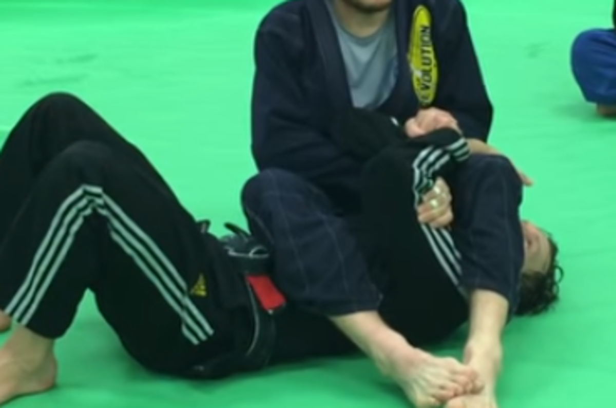 How to Finish an Armbar When They Grab One Arm (BJJ)