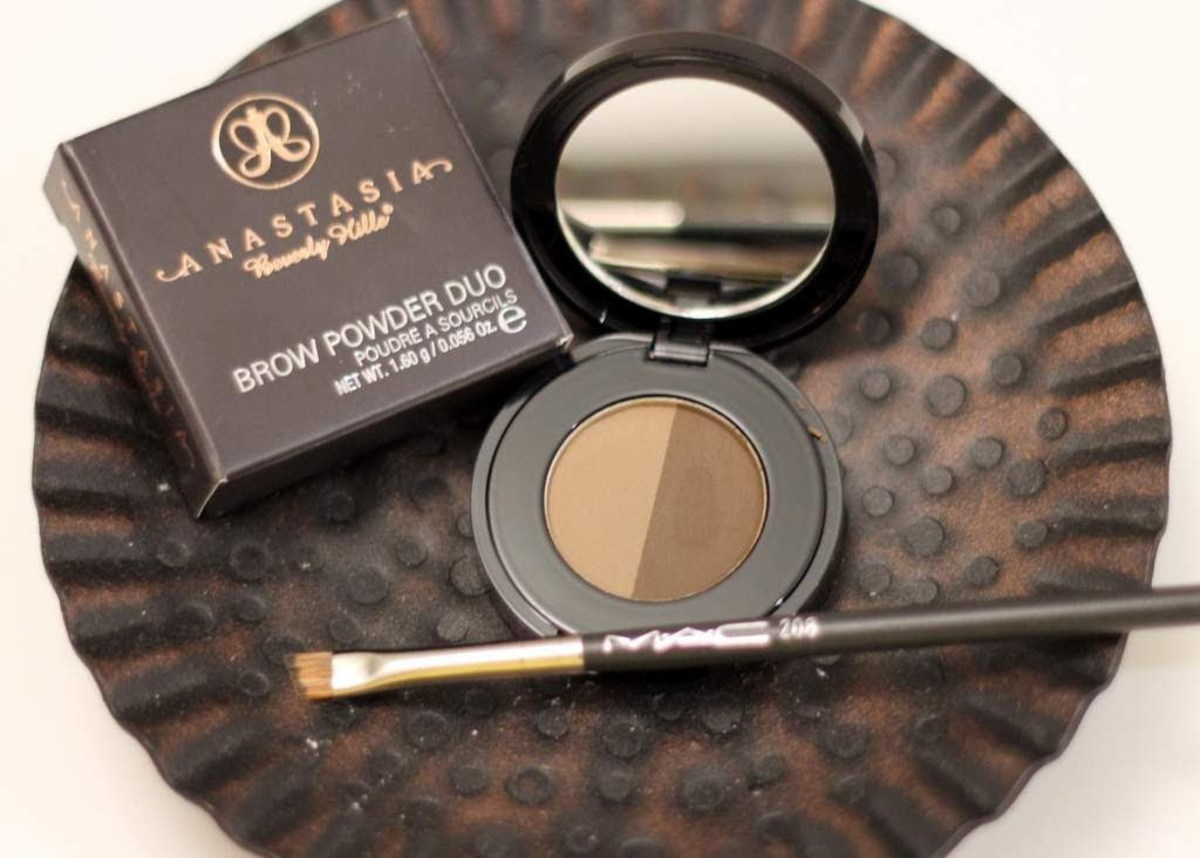 Review of Anastasia Beverly Hills Brow Powder Duo