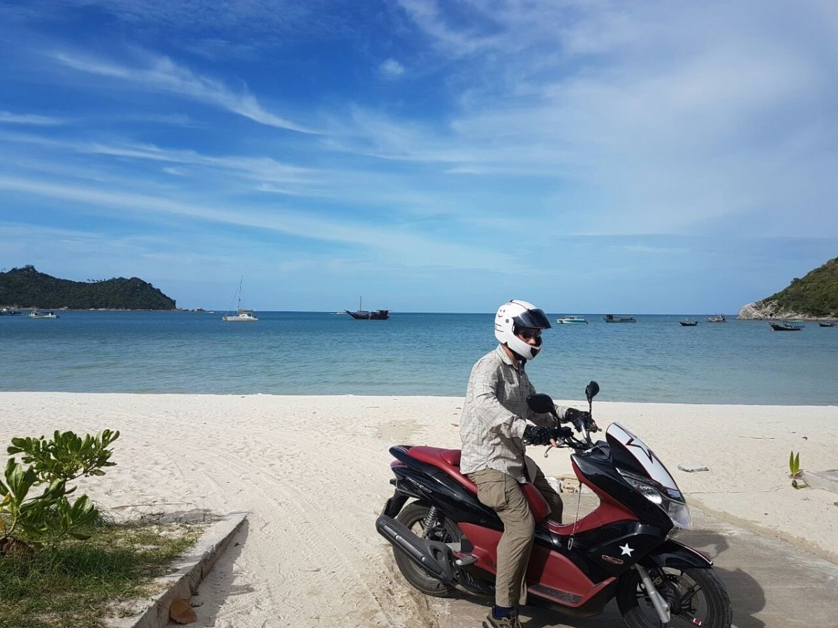 Complete Beginner's Guide to Learning to Ride a Scooter in Thailand (Koh Phangan)