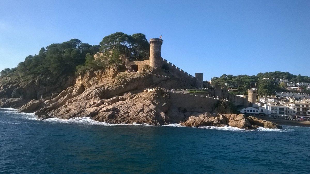 Tossa de Mar castle from the sea
