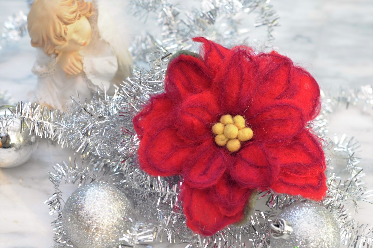 How to Wet Felt a Poinsettia Flower for Xmas