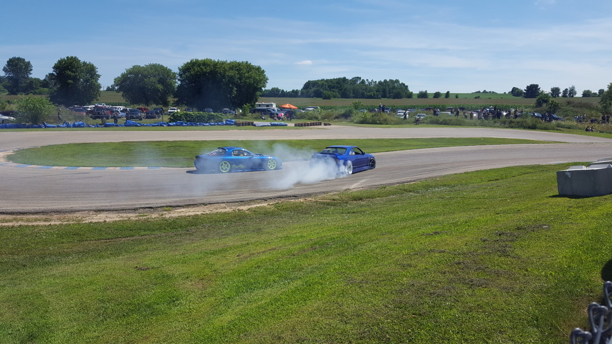 Two drifters in action