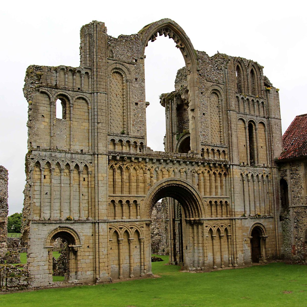 English Heritage in West Norfolk - A History Tour of Ancient Buildings