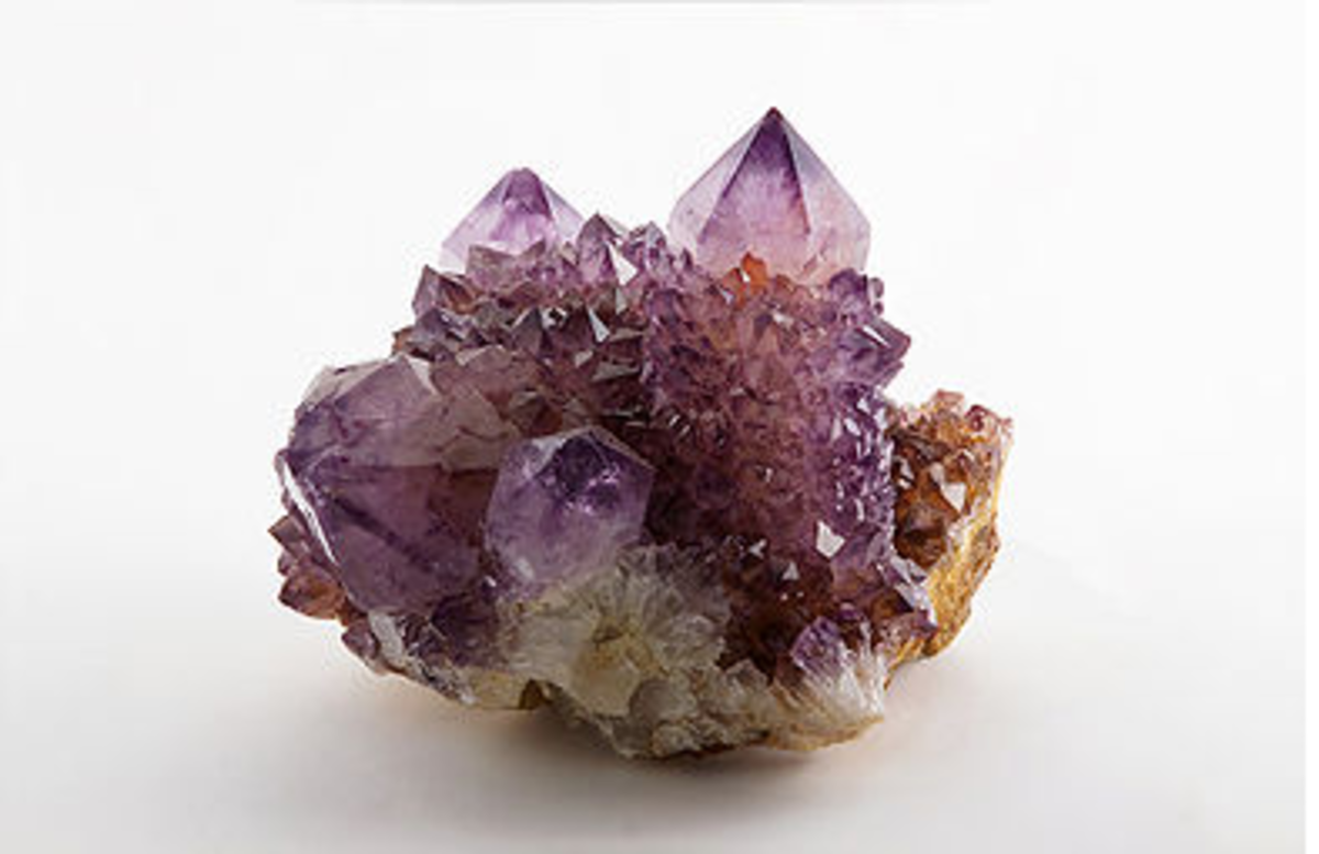 heal-yourself-with-crystals