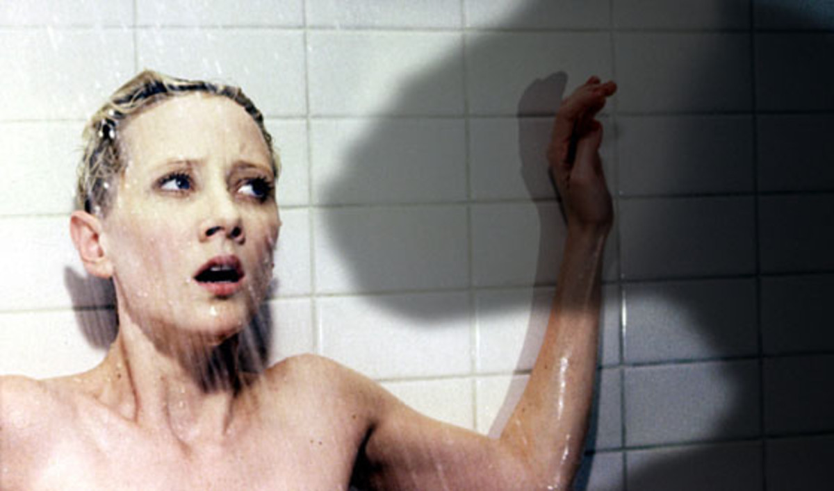 Anne Heche is Marion Crane, the doomed visitor of the Bates Motel.
