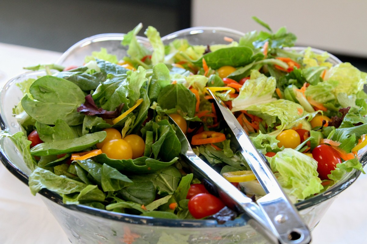 Main Dish Salad Recipes and Ideas