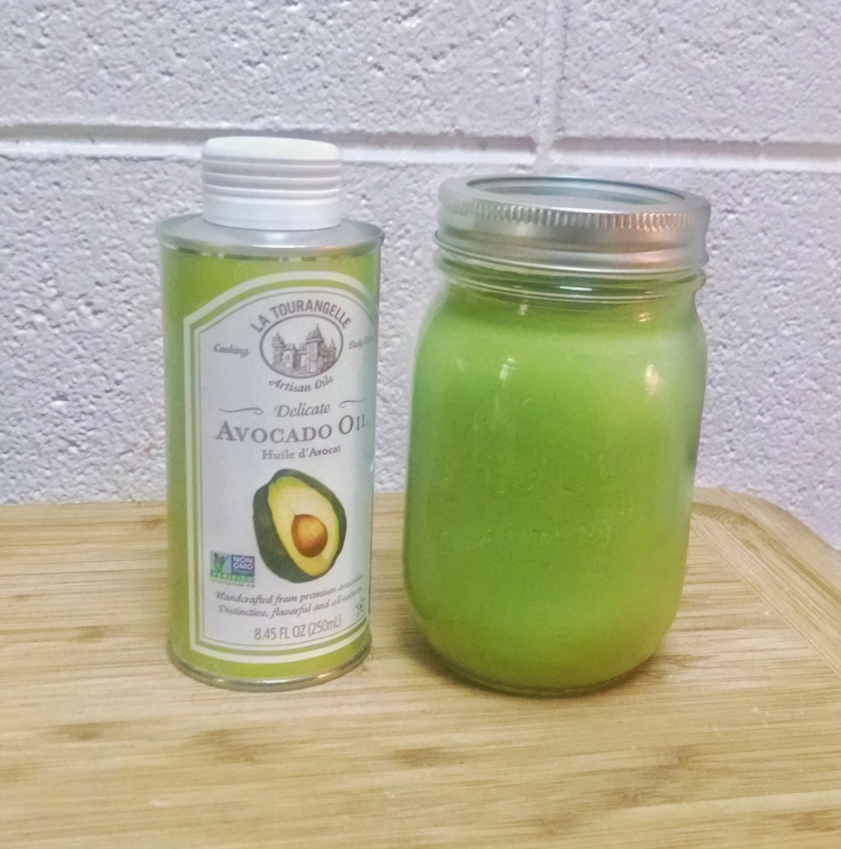 Low-Carb Avocado Oil Smoothie Recipe