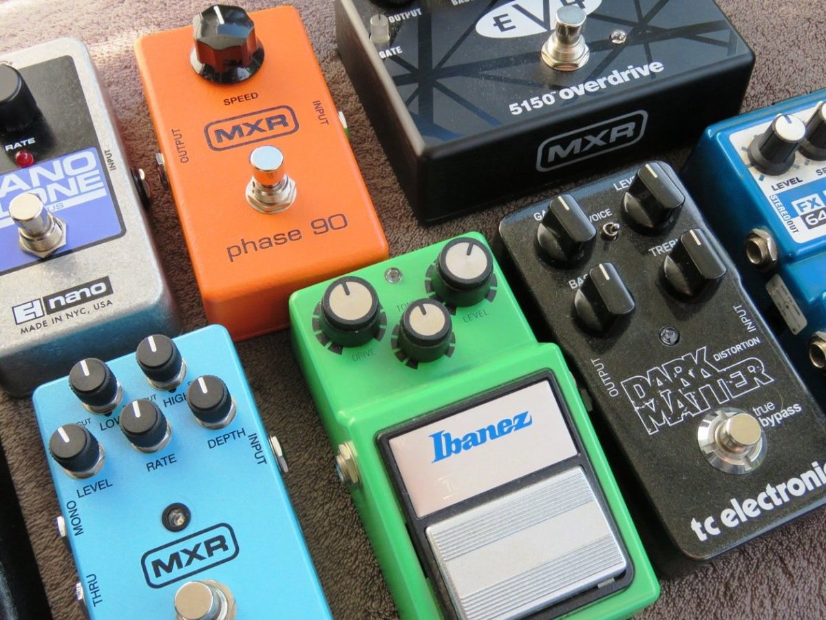 Best Guitar Effects Pedals and Brands