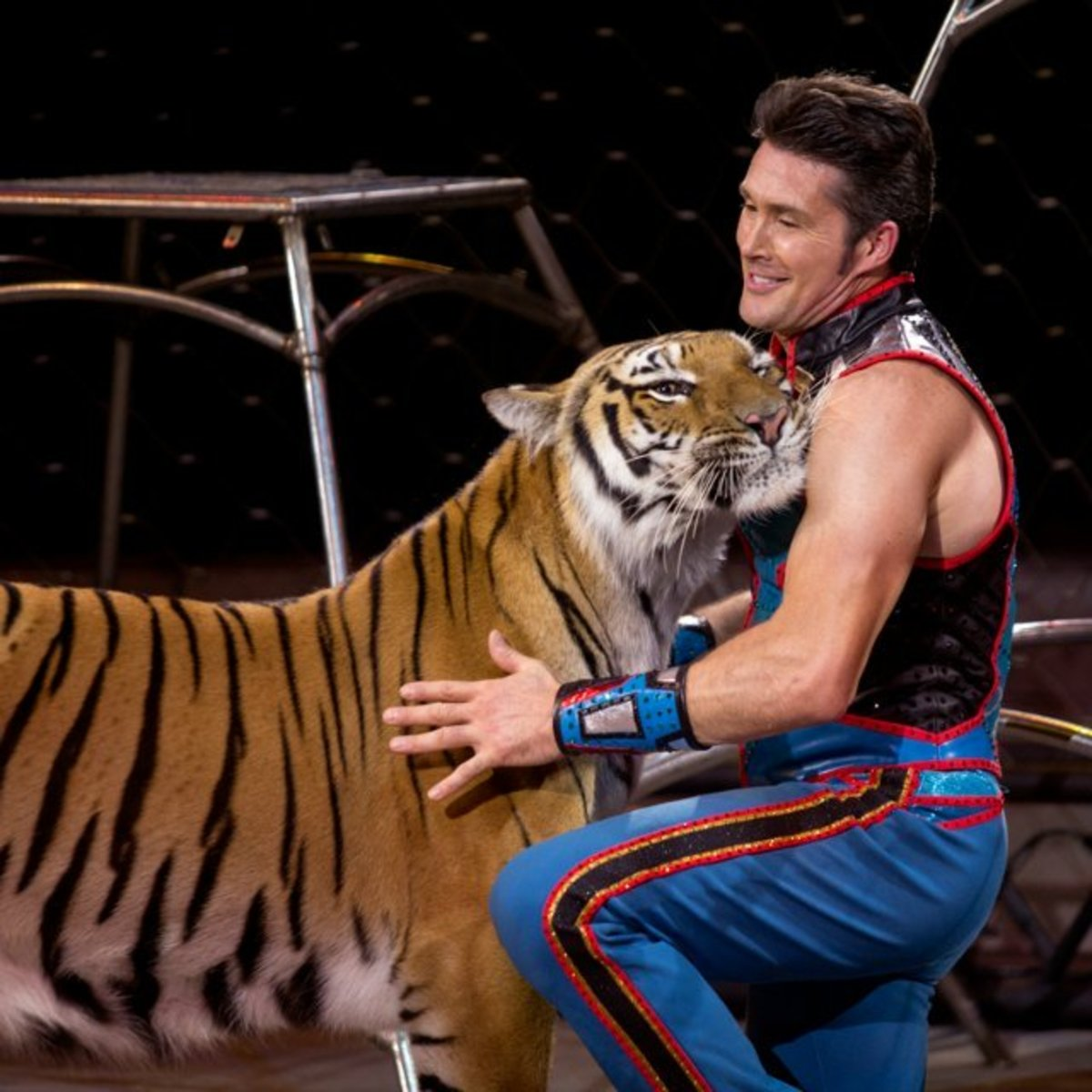 Alexander Lacey, in Ringling Bros. and Barnum & Bailey presents Out of This World (2016-2017)