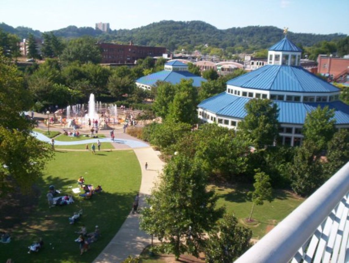 View of Coolidge Park taken from Walnut Street Bridge