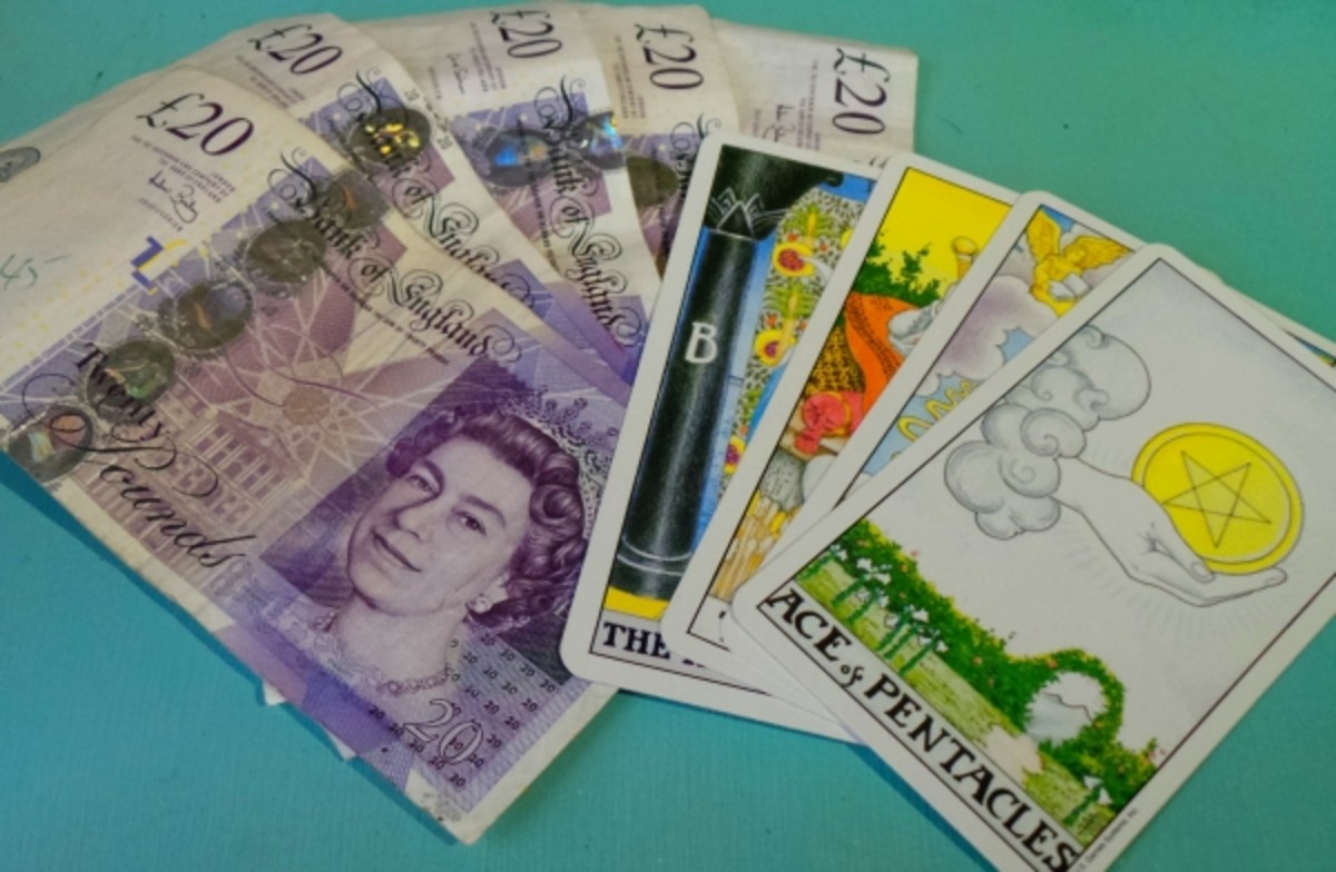 How to Make Money Reading Tarot Cards