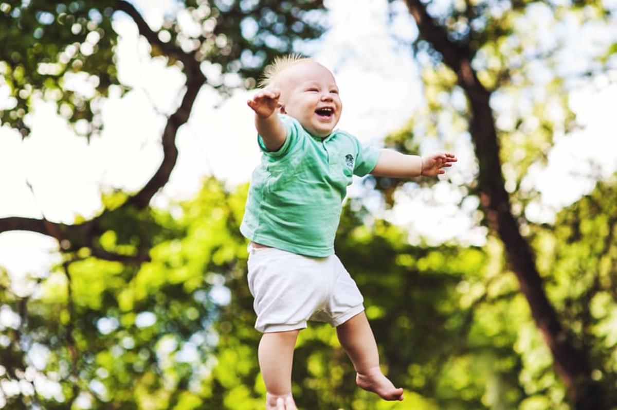 Baby born. Baby walk.