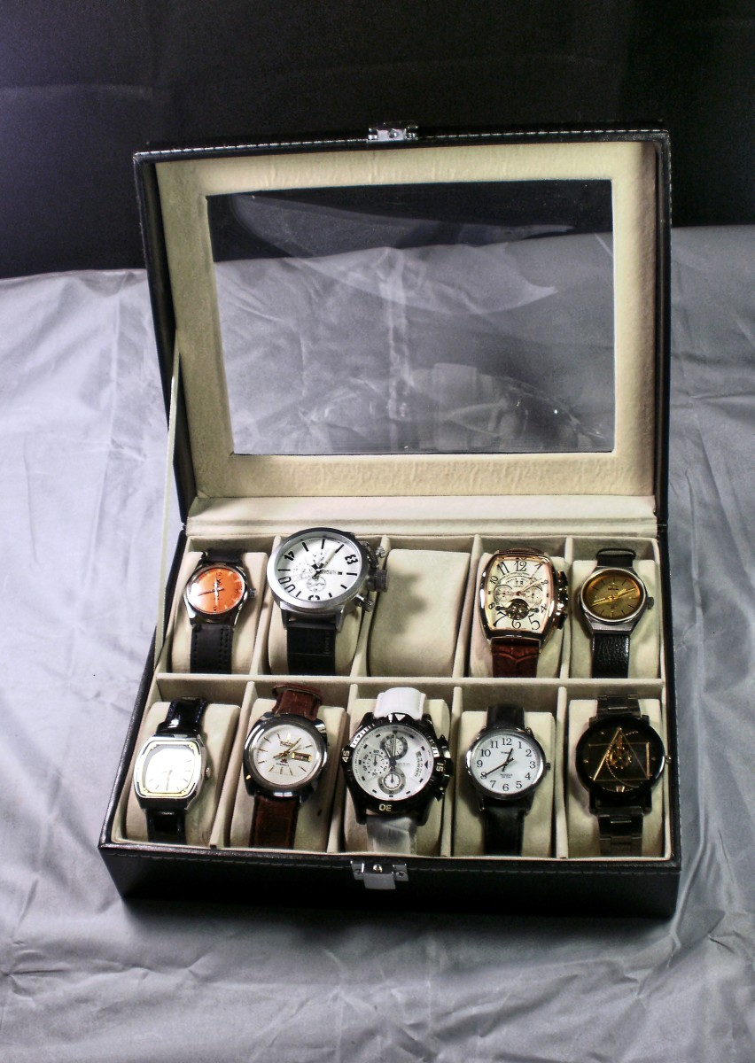 Review of the Unbranded VUD63A Watch Display Case