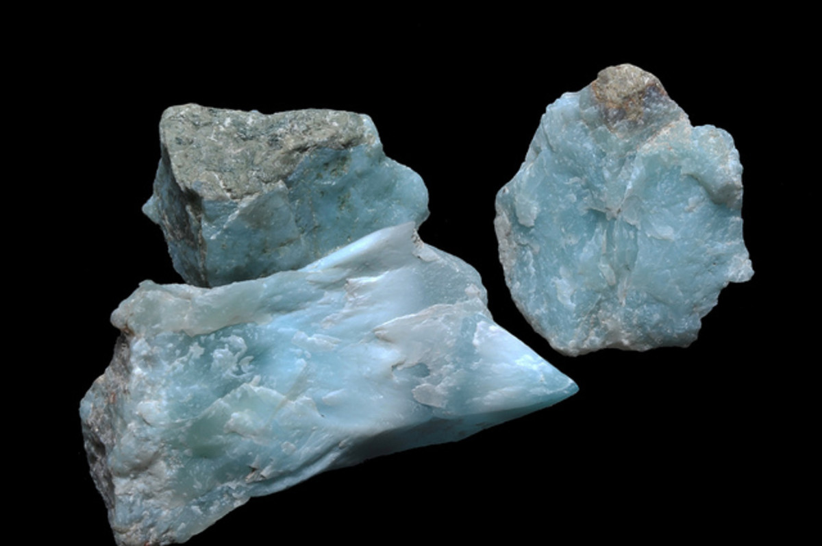Larimar promotes peace, love and tranquility.