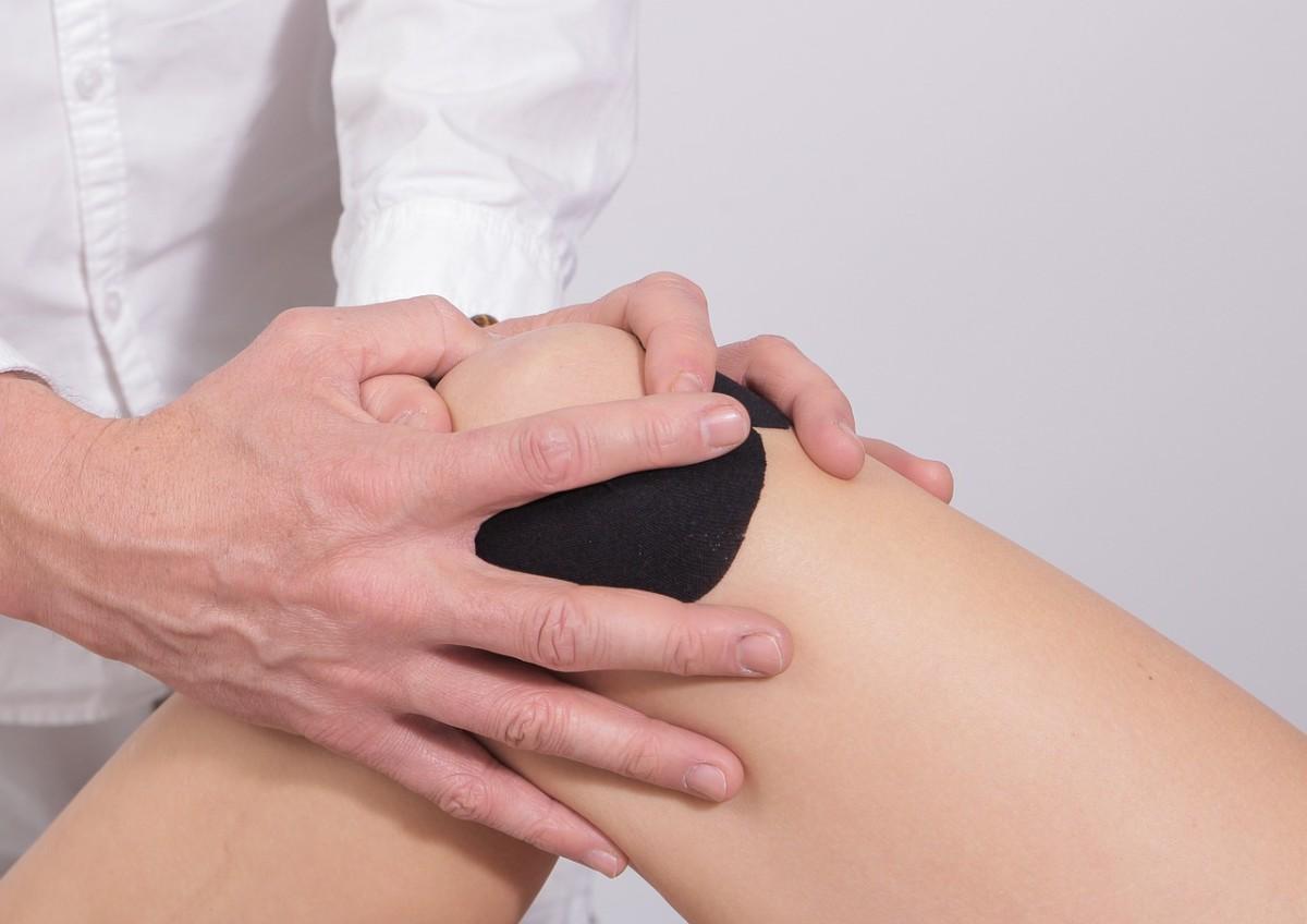 Knee Bursitis Symptoms and Best Treatment Options
