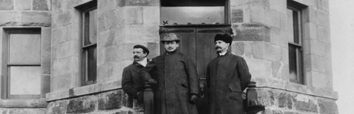 Marconi and his assistants on the steps of Cabot Tower, on Signal Hill.
