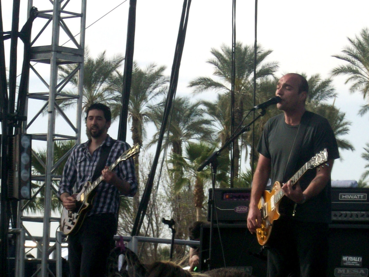 Sunny Day Real Estate live in 2010