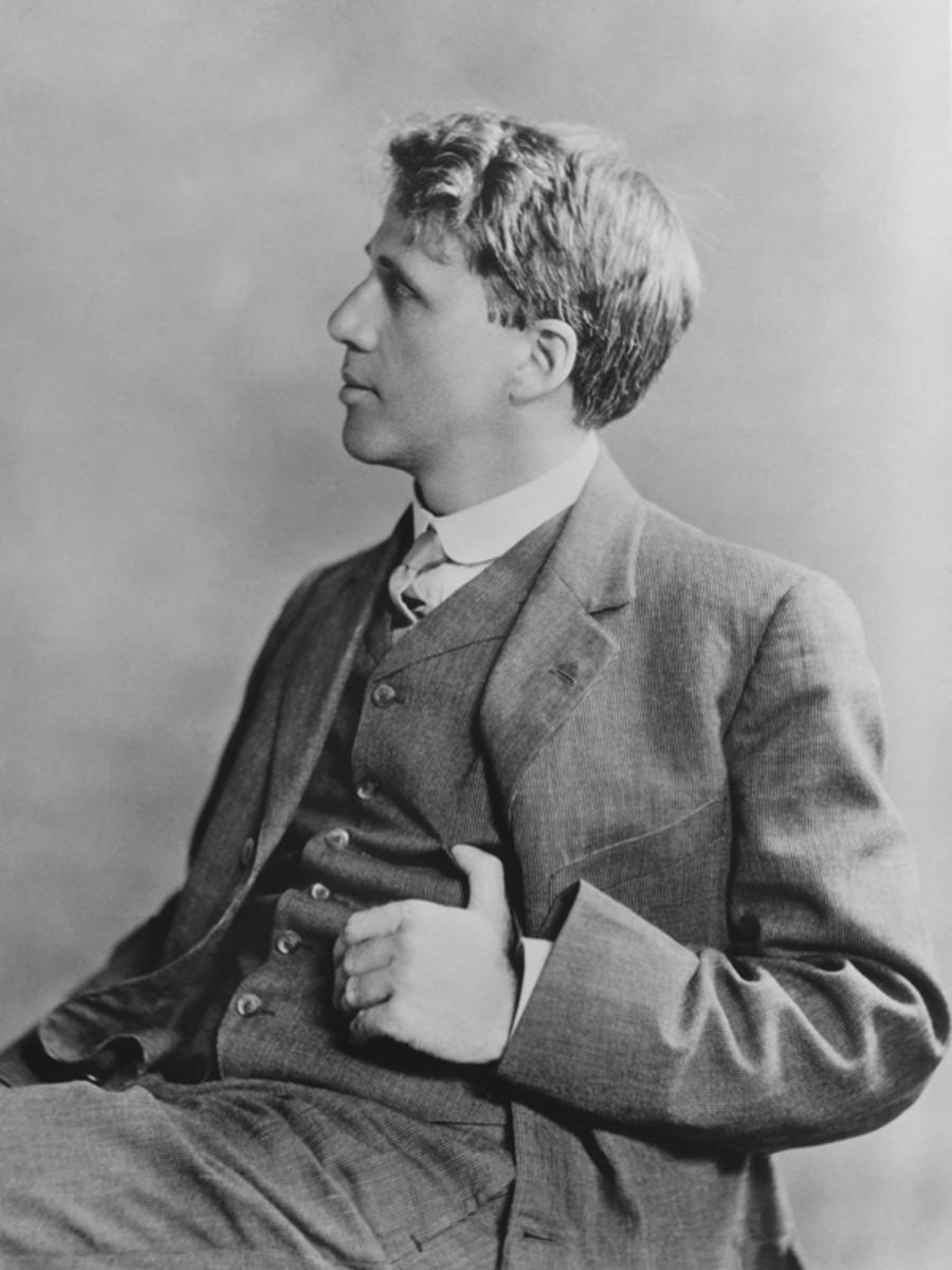 Robert Frost in 1913