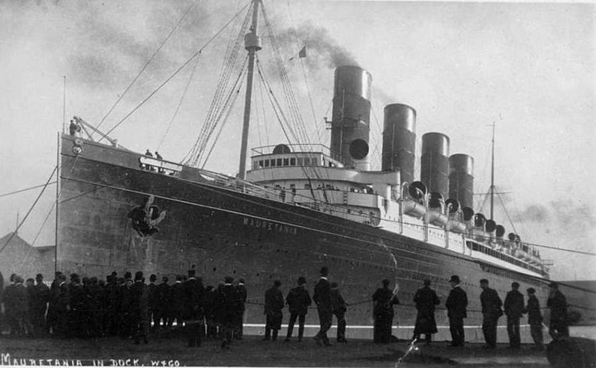 RMS Mauretania in the early 1910s.