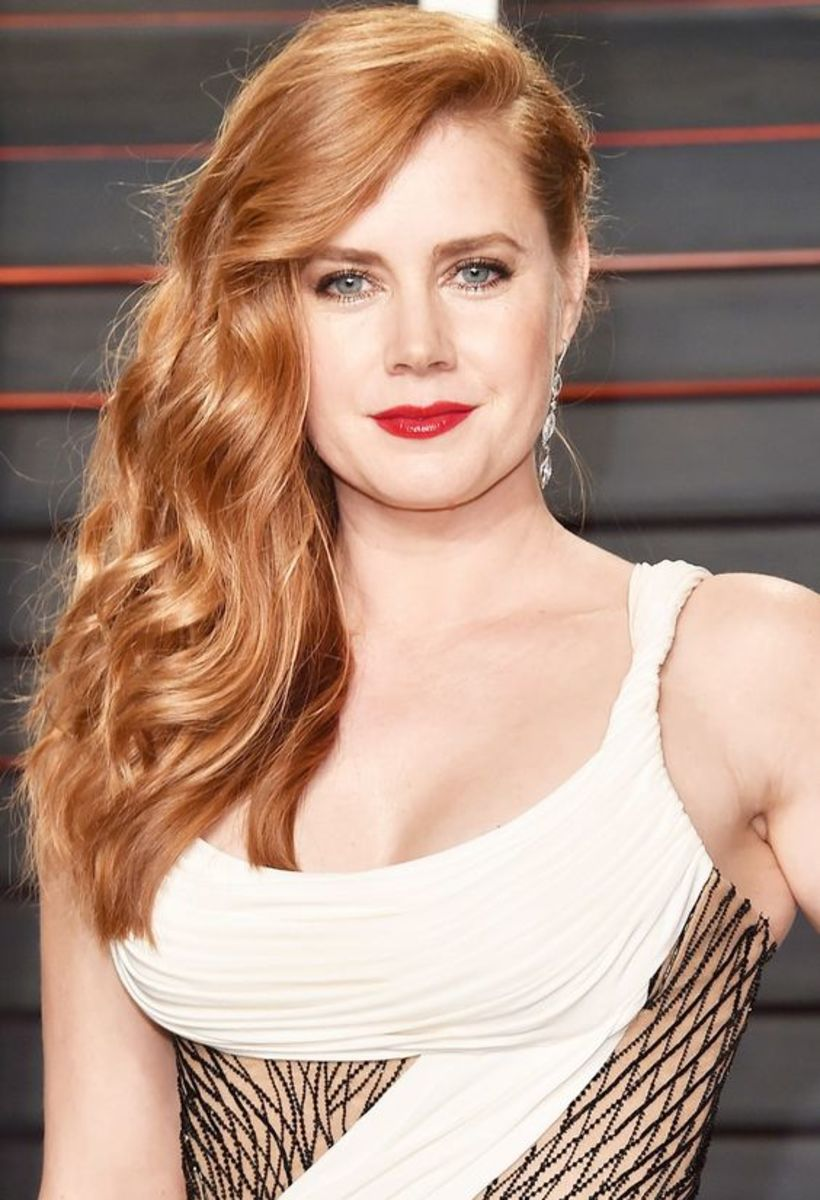 Amy Adams closeup in a white dress