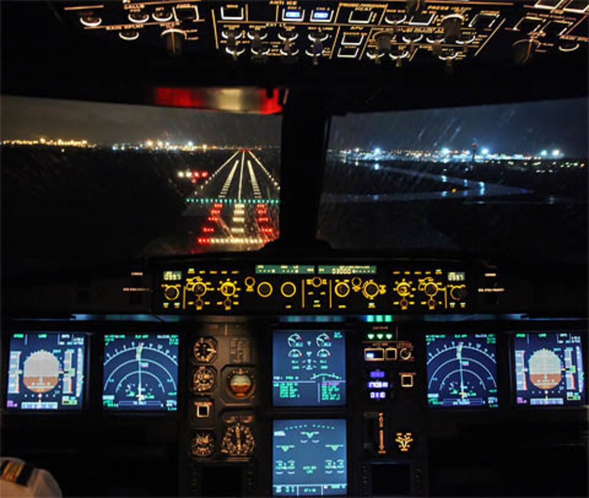 An Airline Pilot's Tips for Holiday Air Travel