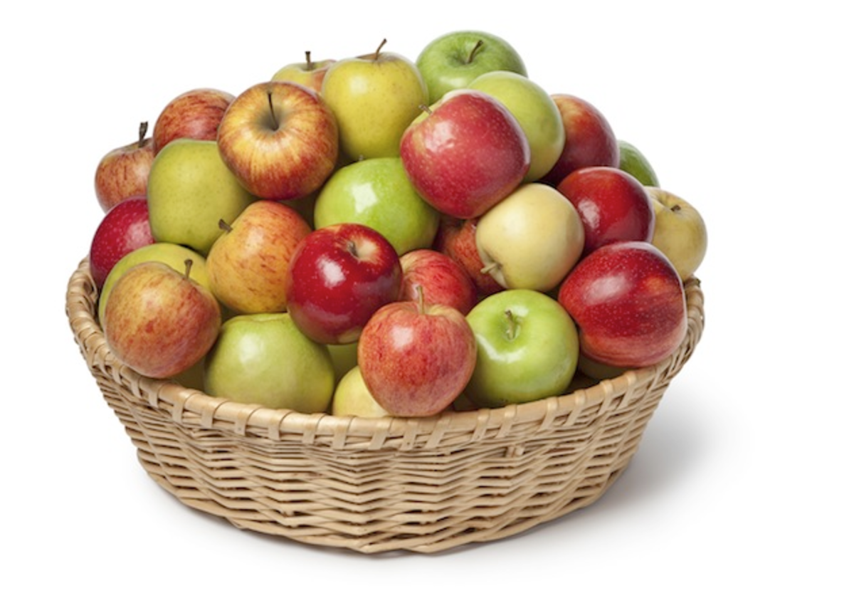 "Apples are high in antioxidants, which can help to prevent and repair oxidation damage and brain inflammation, thus helping us to overcome the ""special occasion blahs""."