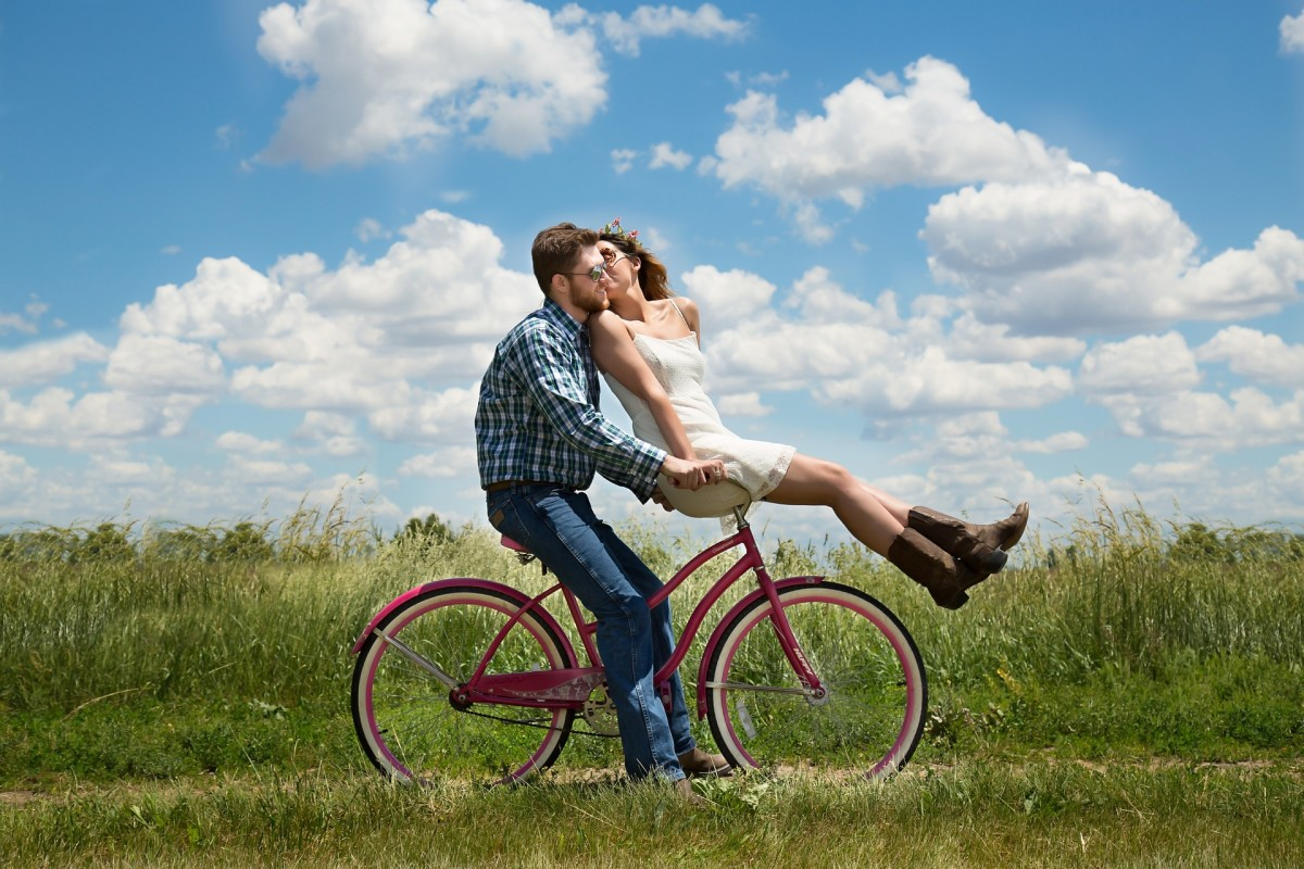 Six Habits That Keep Couples Happy