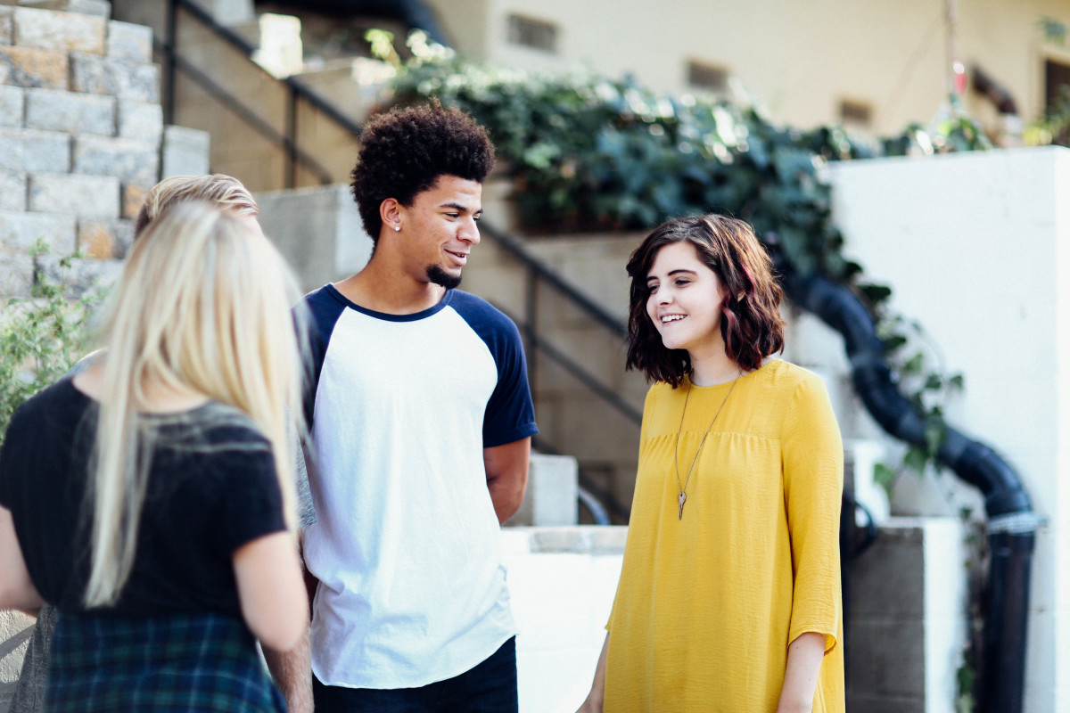 An Introvert's Guide to Making Conversation with Acquaintances