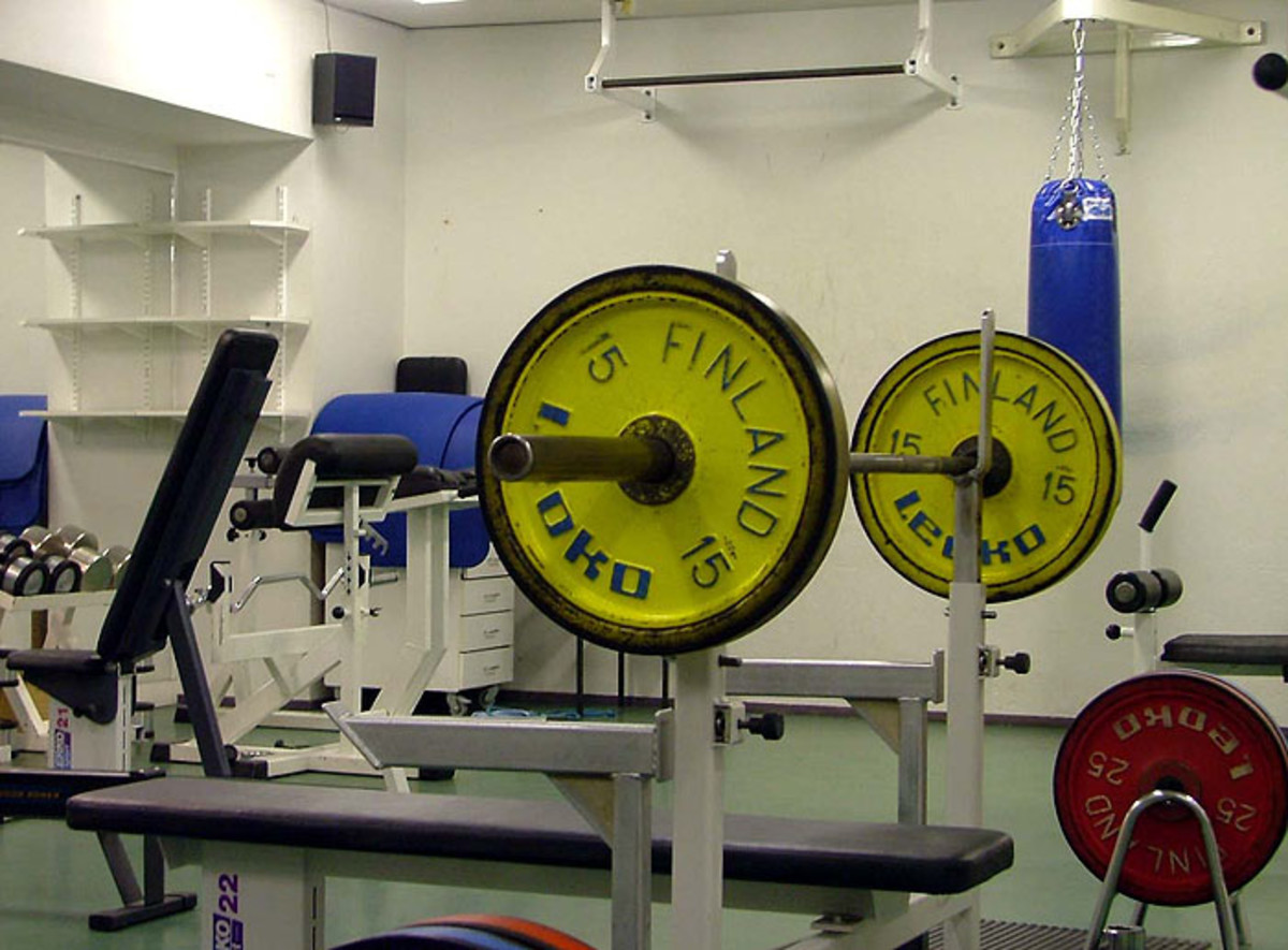 A bench press with safety bars. Perfect for strong-lifts even without a spotter.