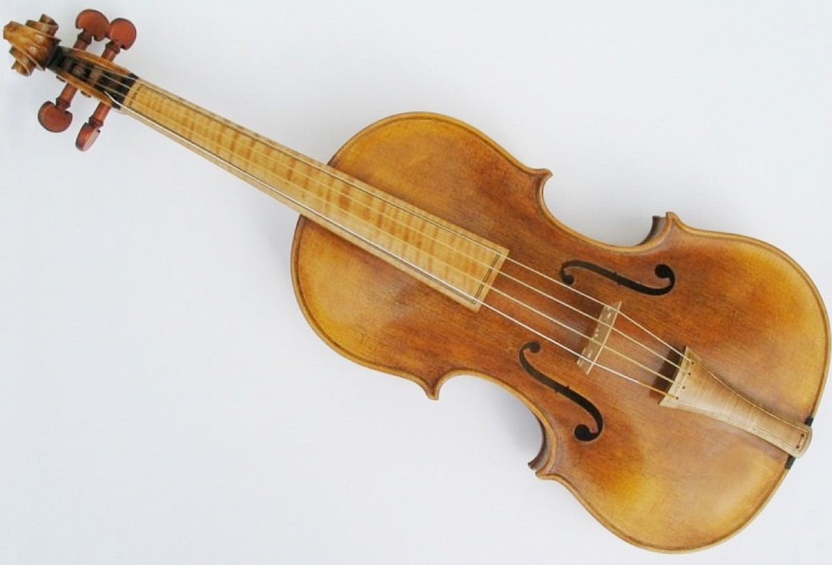 Traditional folk songs were often sung unaccompanied, but sometimes a fiddle or other instrument provided an accompaniment.