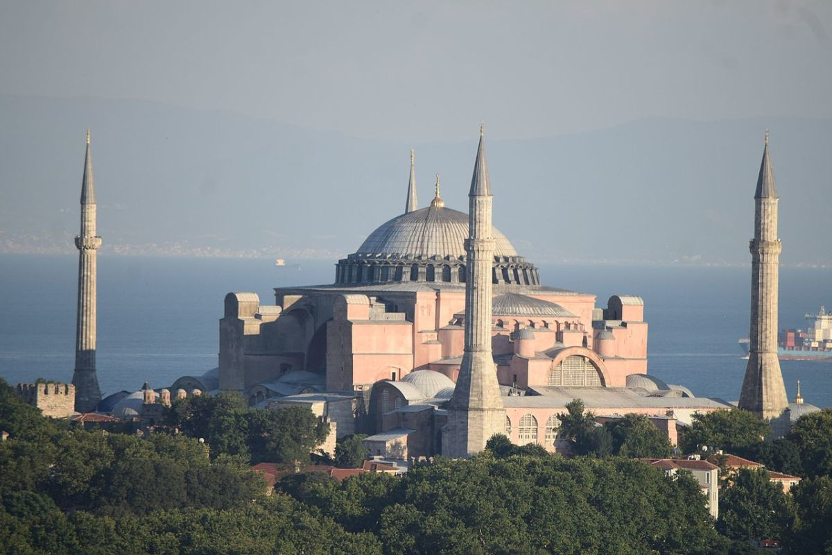 10 Things to Do and Places to See in Istanbul, Turkey