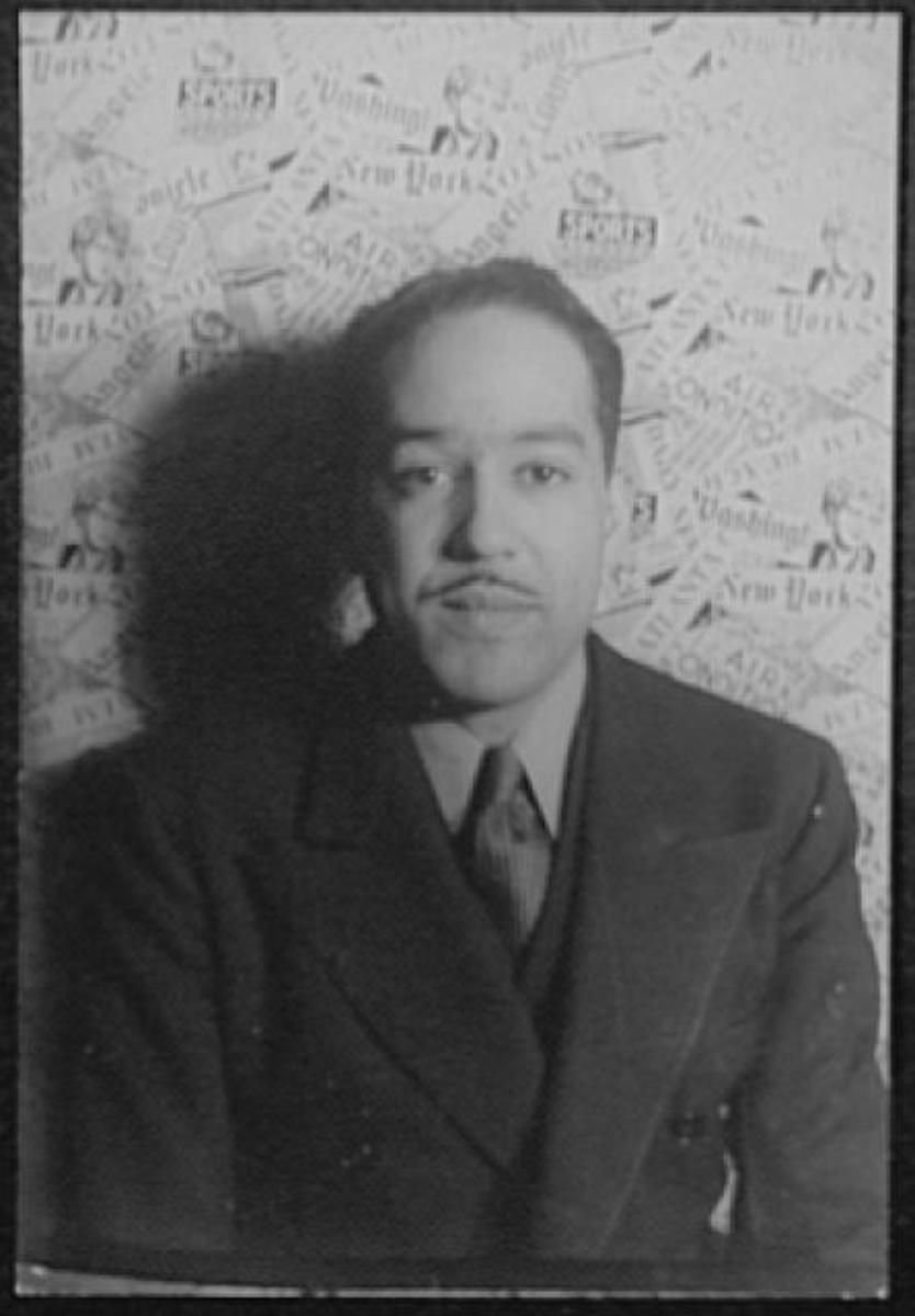 "Analysis of Poem ""Harlem What Happens to a Dream Deferred?"" by Langston Hughes"