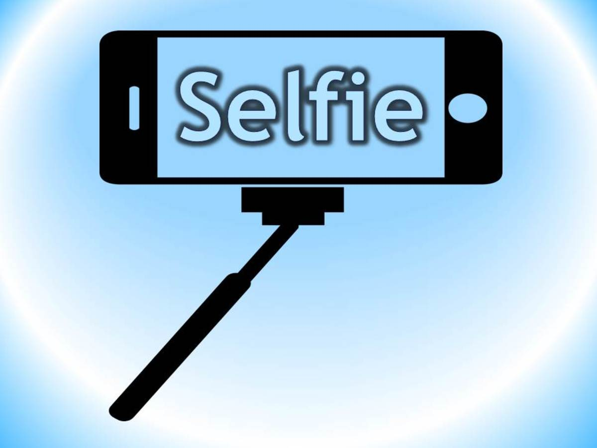 Selfie: Short History and Background