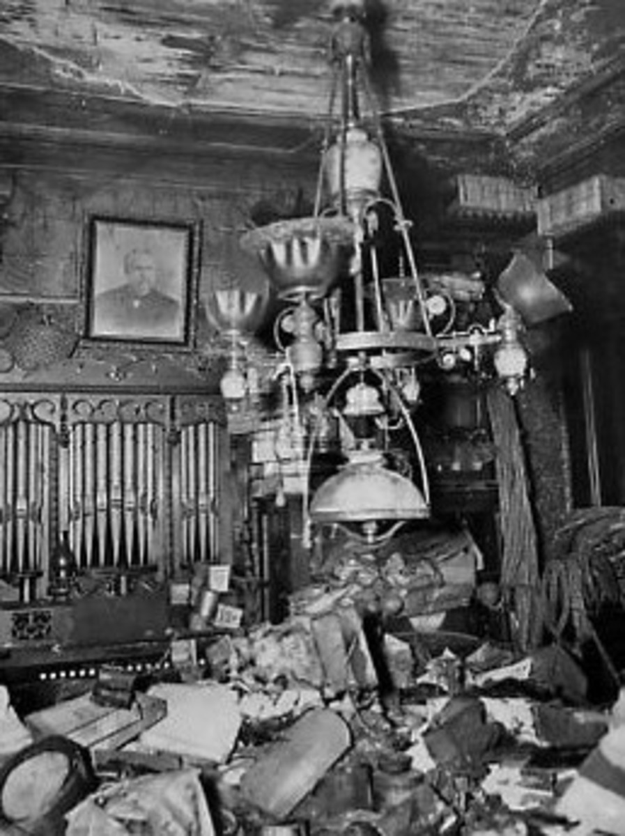 Collyer Brothers: New York City Hoarders