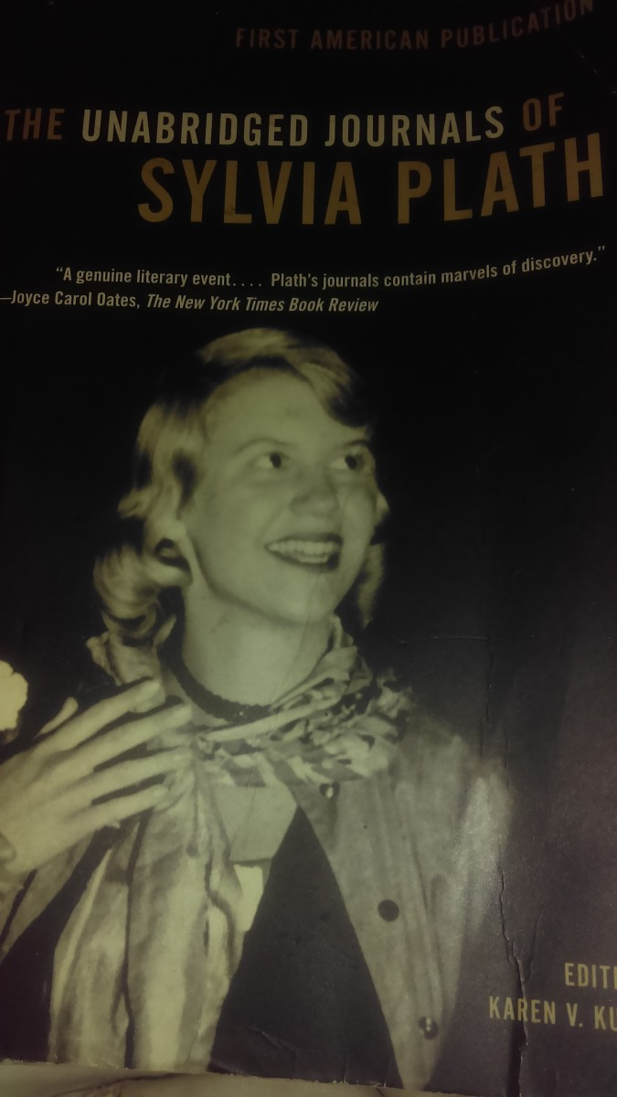 "essay poem daddy sylvia plath Sylvia plath comparison essay comparison: sylvia plath's ""tulips"" and mary oliver's ""poppies"" throughout time females have found it hard to achieve acceptance and accreditation in the world of poetry."
