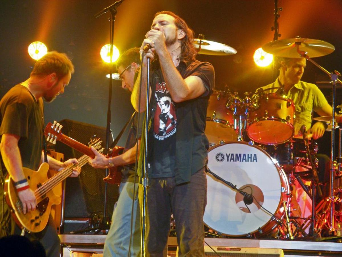 Pearl Jam live in Albany, New York 2006