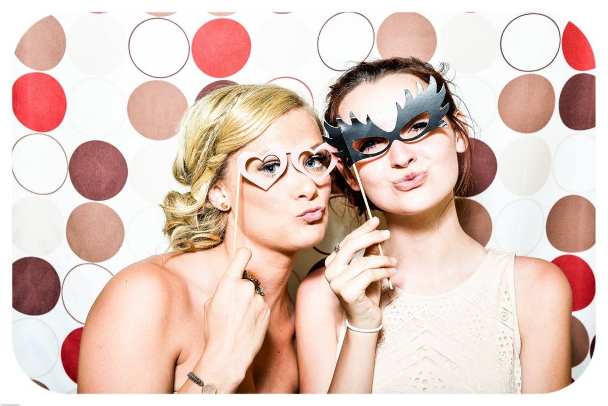 Avon parties are extra successful if they're themed - like this masquerade mash!