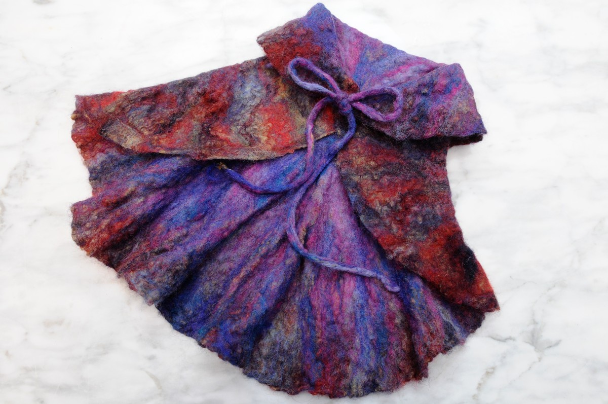 How to Make a Baby Girl's 'Nuno' Felted Circle Jacket
