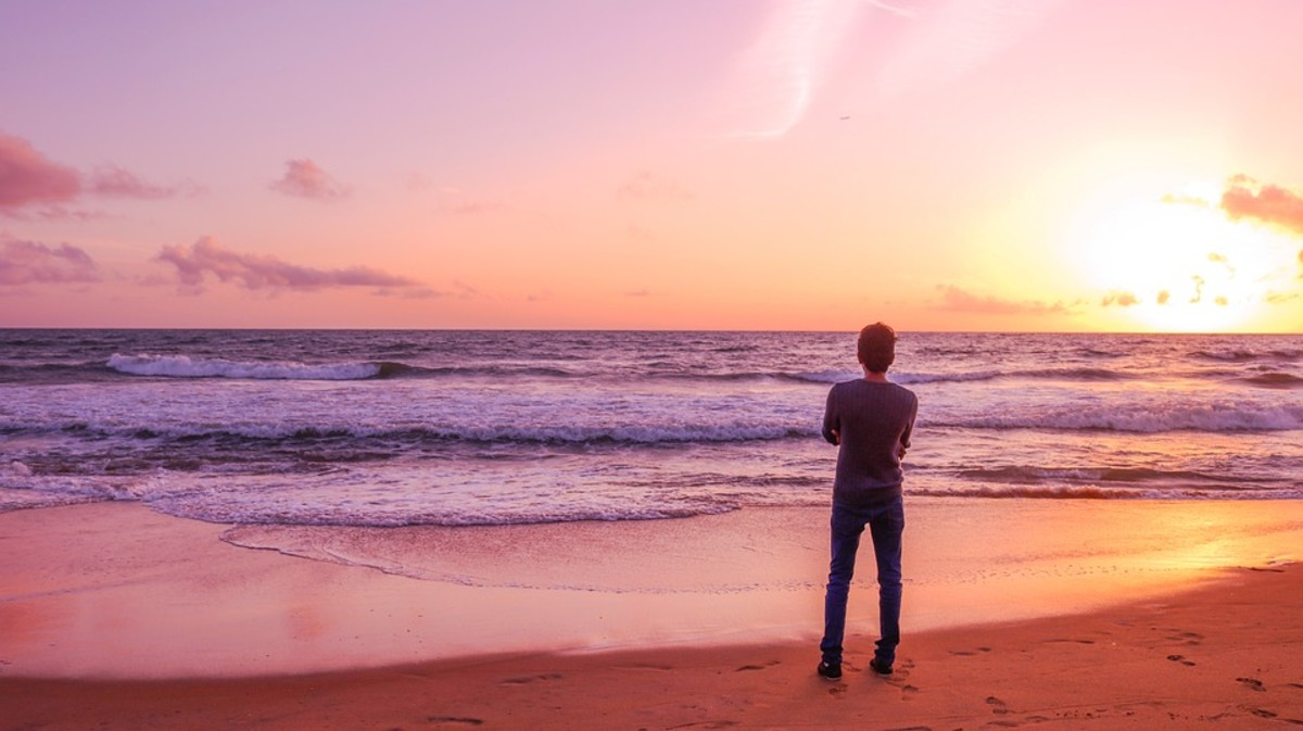 How to Be Happy Single: 7 Tips for Enjoying Being Alone Without Being Lonely