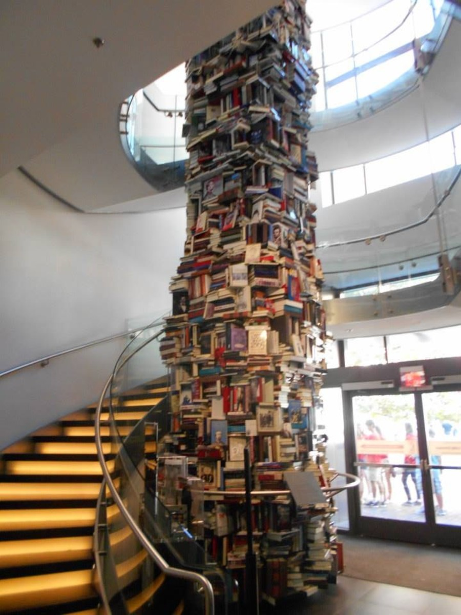 A tower of books about Lincoln in Washington, D.C.